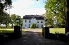 Hotell Nara Wardshuset Berggrens Kallare Motala Noje Se