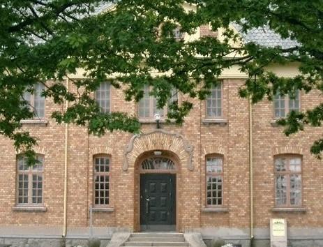 Melleruds Museum Mellerud 94KM · • Följ med på en resa i tiden! 67b4e8e7ba5ed